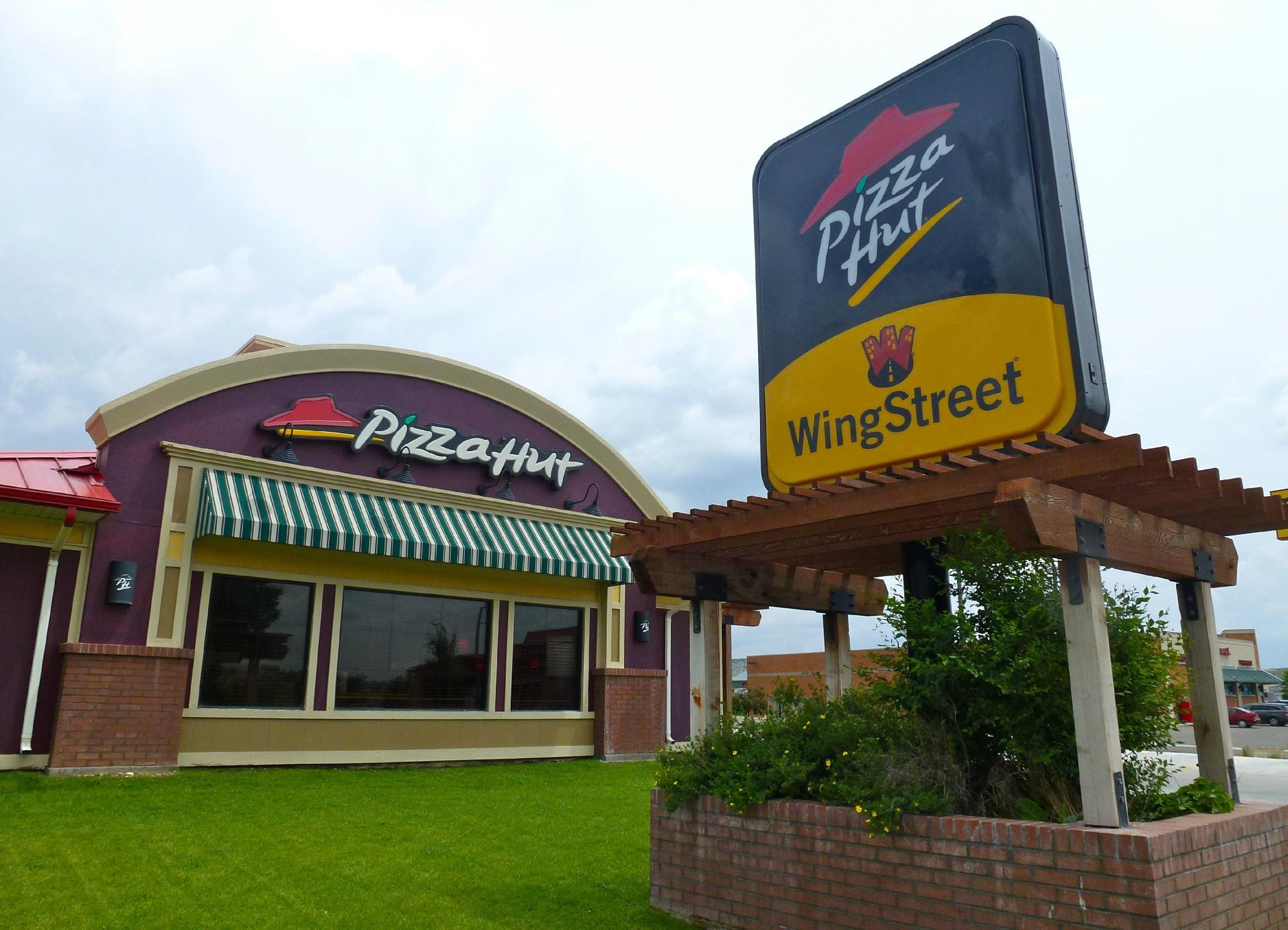 Pizza Hut In United States Tripboba Com