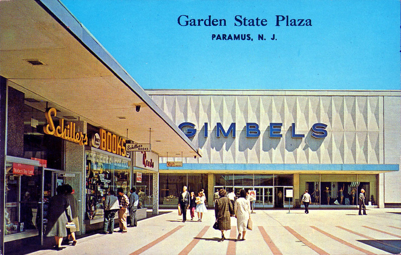 Garden State Plaza Enjoy Your Trip At The Largest Shopping Mall In New Jersey Tripboba Com
