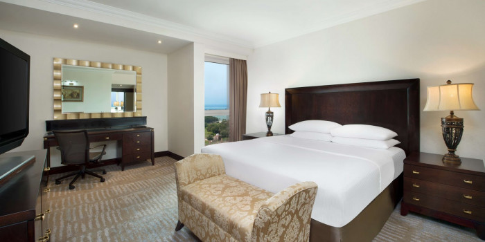Radisson Blu Hotel Resort Abu Dhabi Corniche In United Arab Emirates Tripboba Com